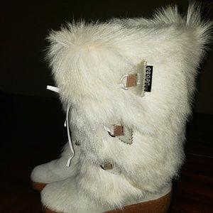 Oscar Sport Fur Boots White